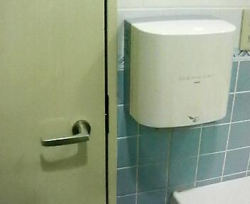 ドアの開く方向